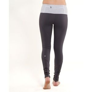 Lululemon Run: Your Heart Out Tight Coal / White 4